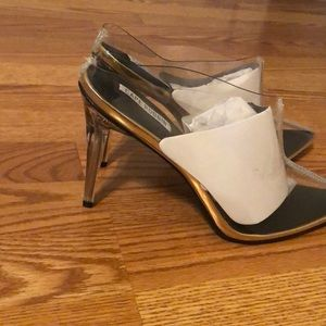 Shoes - Cape Robbin clear mules